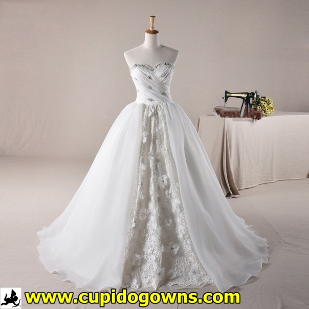 WG0133-1 Center Lace Wedding Gown